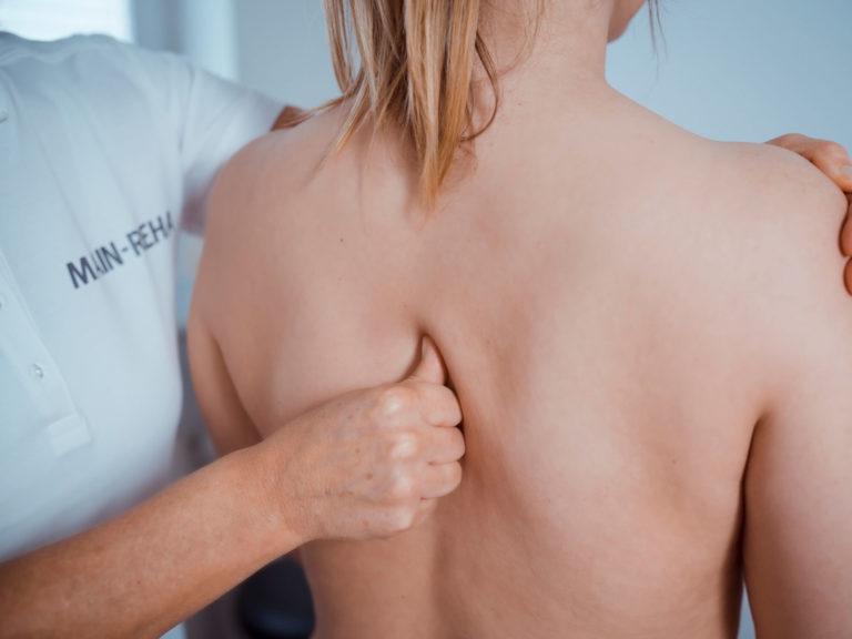 Dorntherapie Behandlung